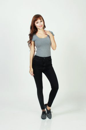 Skinny highwaisted super black 1