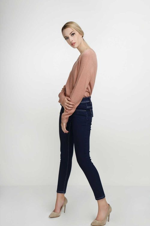 Skinny-Flap-Pocket-Navy-(pose)
